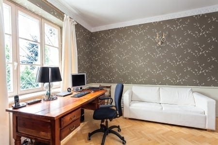 Hooking Up Your Home Office With The Right Office Furniture